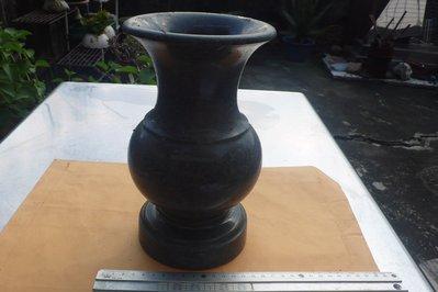 紫色小館89-------青斗石石雕花瓶