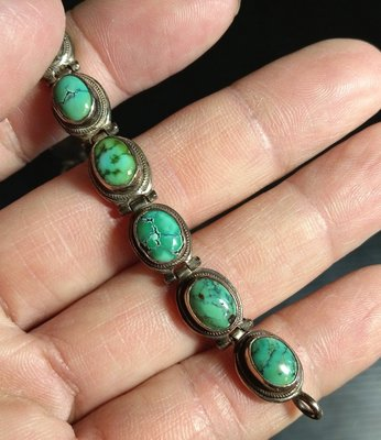 *鈦晶彩晶品*古著感尼泊爾手工銀鑲天然綠松石手鍊,何必瘋直播衝動購買
