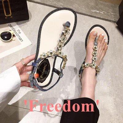 Freedom~女鞋女士涼鞋2019夏季新款時尚性感亮片夾腳水鉆平底鞋仙女風軟底防滑