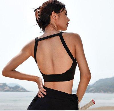 愛運動~健身運動休閒外背心含胸墊/彈力聚攏性感美被透氣速乾/瑜珈綜合運動休閒外穿上衣背心R3279