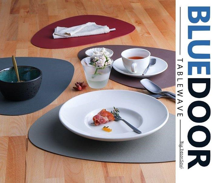 BlueD_ 鵝卵石 PU皮革 耐熱 餐墊 桌墊 餐桌墊 日式 創意質感 隔熱墊 厚桌布 現代設計 廚房 網美風 IG款