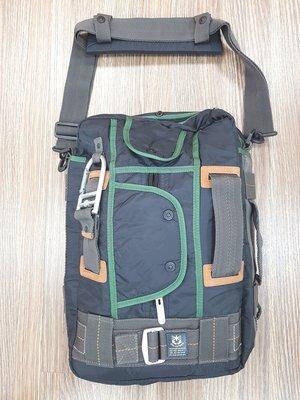 VOLUNTEER JEANS INC.軍事風格高級提背包,全新未用精品,便宜出清,敬請把握