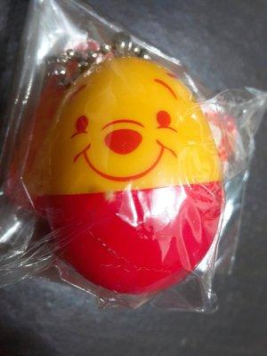 正版 小熊維尼 蛋形 球型 吊飾 另有 kitty 迪士尼 小豬 依唷 跳跳虎 磁鐵 擺飾 擺件 紀念品 生日 禮物