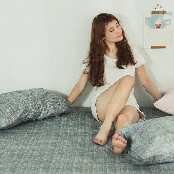 MIT精梳純棉-床包枕套組/單人3.5尺【宇宙】絲薇諾