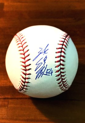 Weigh-In 陳偉殷 大聯盟 MLB 親筆簽名棒球 Rawlings 附展示座+透明罩