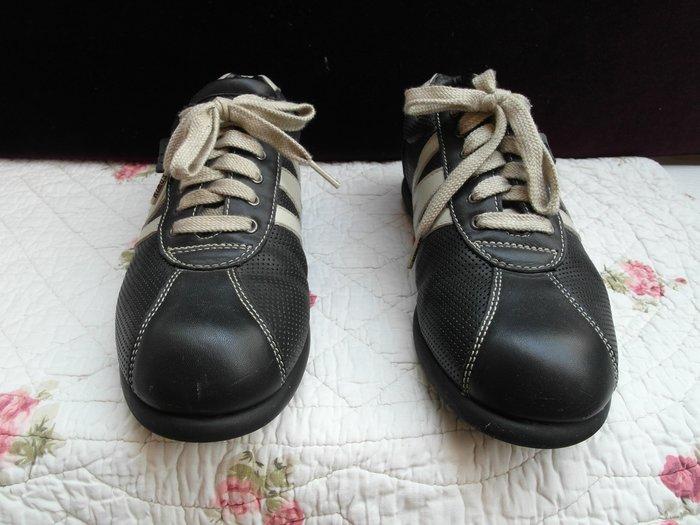浪漫滿屋 女鞋系列*ED  win休閒鞋 .帆布鞋.平底鞋.各類鞋款......41