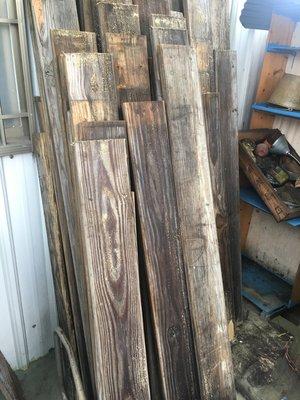 古意草堂  南方松木~一片100元尺寸約 長180~190公分寬14公分厚2.5公分