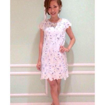 降~出清價!全新 日本百貨專櫃品牌Be Radiance 花朵蕾絲鏤空洋裝
