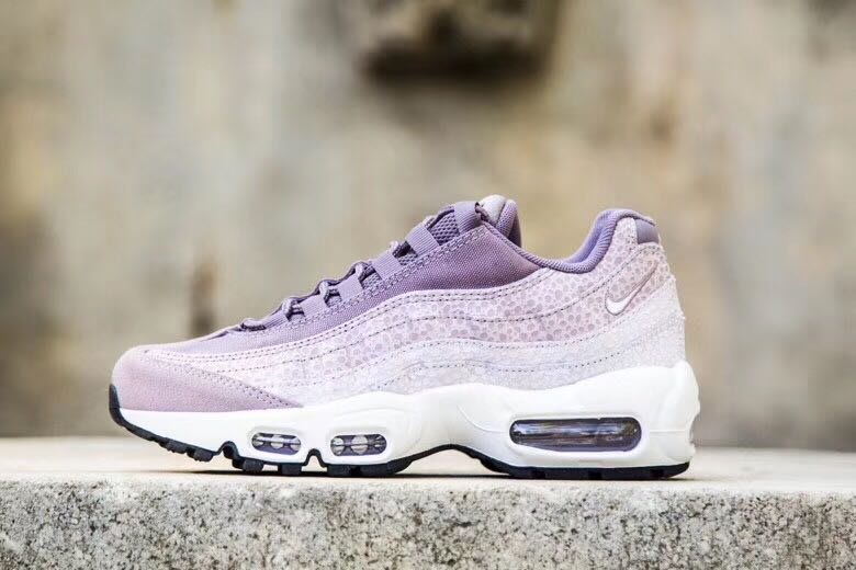 huge selection of 30698 16ae9 Nike Air Max 95 PRM Purple Smoke慢跑鞋807443-502   Yahoo奇摩拍賣