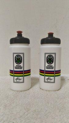 全新~ 台灣製 WORLD CHAMPION  HERITAGE跑步運動 自行車 冷水杯 水壺戶外便攜水瓶出行旅行用品