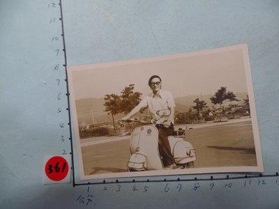 老機車,,偉士牌,摩托車,古董黑白,照片,相片5