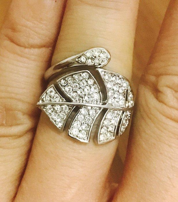 天使熊雜貨小舖~日本帶回時尚大板水鑽戒指 戒圍可微調 約13號~全新現貨 原價5990