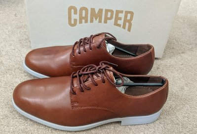 〔英倫空運小鋪〕*超值折扣特區 英國代購 65折 Camper 深棕 休閒皮鞋 零碼 41 Truman
