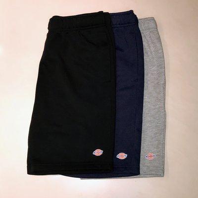 Dickies 刺繡彩標Logo 短棉褲 日線