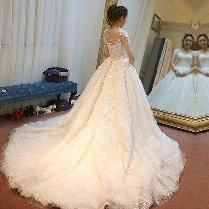 大小姐時尚精品屋~~韓式一字肩五分袖蕾絲拖尾婚紗長禮服 ~3件免郵