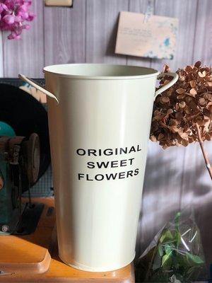 花器 花瓶 雙耳 鐵皮 鐵藝 馬口鐵 佈置 批發 假花 裝飾 咖啡色 白色 北歐風 高桶 長枝 仿真花 攝影 花桶 婚禮