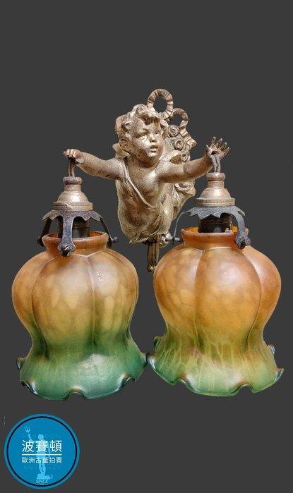 【波賽頓-歐洲古董拍賣】歐洲/西洋古董 法國古董 拿破崙三世風格 法國小天使彩繪玻璃燈罩燈/燭台 (尺寸:高23×寬22×深22公分)(年份:約1940年)