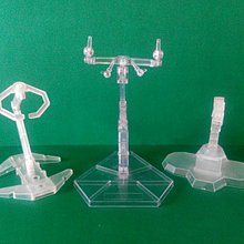 公仔 掛架3個 Figure plastic hangers three pieces