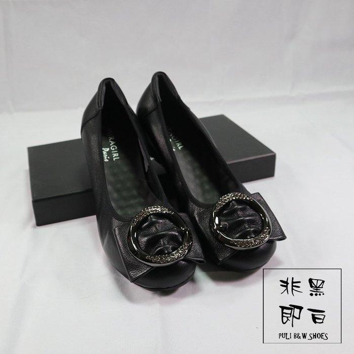 【非黑即白】水鑽扣飾真皮平底柔軟OL休閒女鞋 娃娃鞋 黑色329581