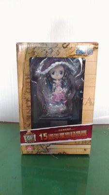 日本海外限定 航海王 海賊王 15週年獨家紀念版 大公仔 + 收藏盒 - 羅賓 款