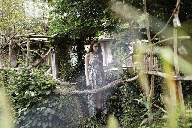 現貨uk8 珍珠水鑽綴飾領女神款長洋裝禮服 英國品牌
