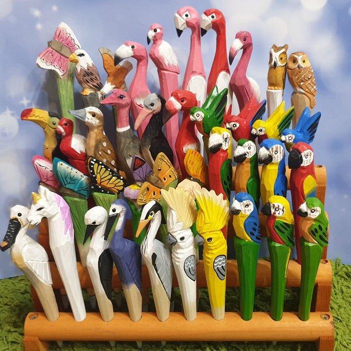 木雕筆,動物類,禽鳥類,卡通款手工木雕筆-中性筆-買1隻筆就送1支筆芯-限量純手工-高雄瑞豐夜市木雕夢工廠每支皆為手工雕刻~故可能有些不同於照片~
