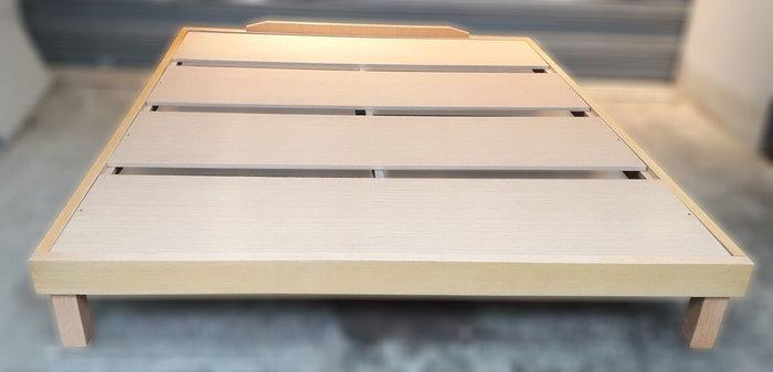 【樂居二手家具館】中古全新傢俱 B0106BJJC 雙人特大6X7組合床 雙人床架 床組 床底 床墊 床頭櫃台北新竹