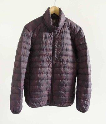 日本品牌 UNIQLO 深紫色迷彩 輕羽絨外套 M號