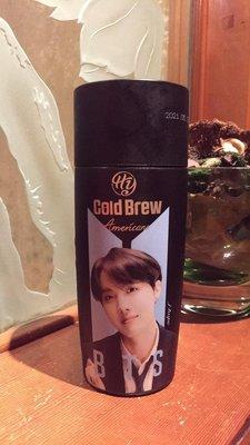 【阿波的窩 Apos house】HY x BTS防彈少年團 聯名限定版 Cold Brew冷萃美式咖啡j-hope版