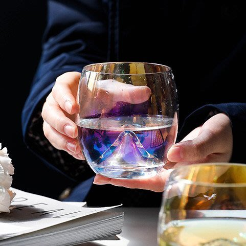 MAJPOINT*玻璃杯 杯子 鍍炫彩杯 蛋形冷飲杯 咖啡杯 飲料 啤酒杯 北歐 果汁牛奶 早餐杯 廚房餐具 派對 簡約
