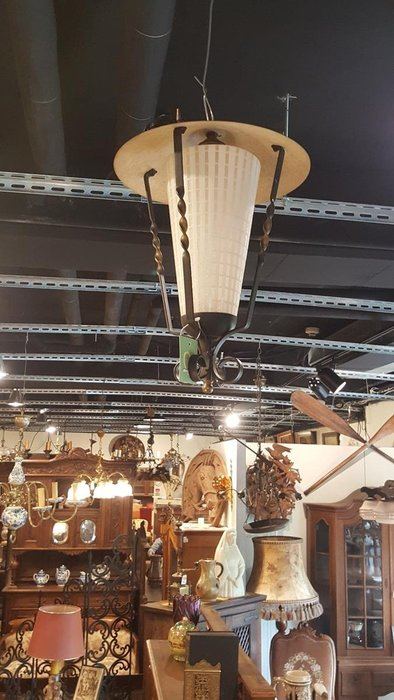 【卡卡頌 歐洲跳蚤市場/歐洲古董】歐洲老件_優雅 格紋 玻璃 雕刻鐵件 古董吊燈 l0178 歐洲燈飾✬