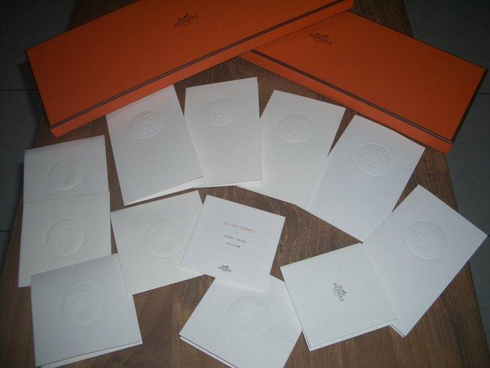 名品特搜站~Hermes數十條,長短不一的原廠緞帶、卡夾及使用說明等配件!