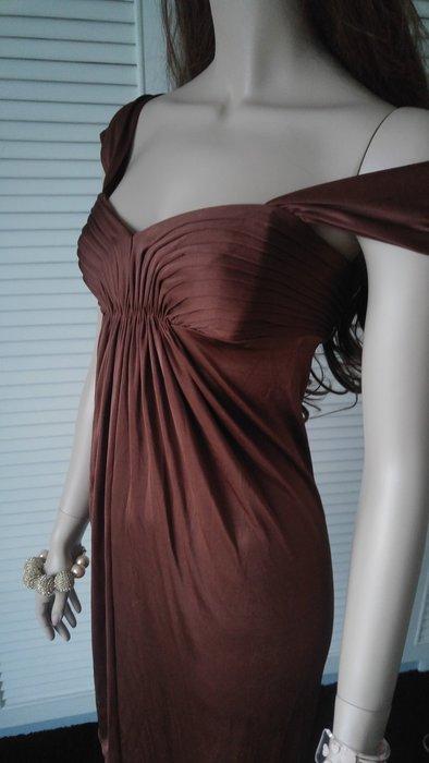 全新吊牌美金$232 BCBG BROWN SUGAR  落肩深V曲線小洋裝小禮服