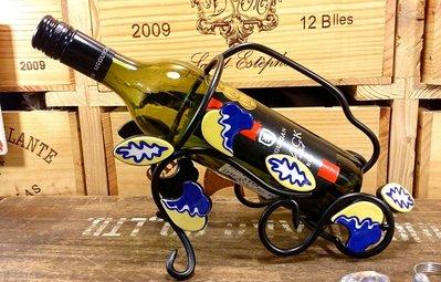 鐵飾陶瓷酒架:鐵器 陶瓷 紅酒 酒架 家飾 酒器 收納 擺飾 設計 居家 禮品