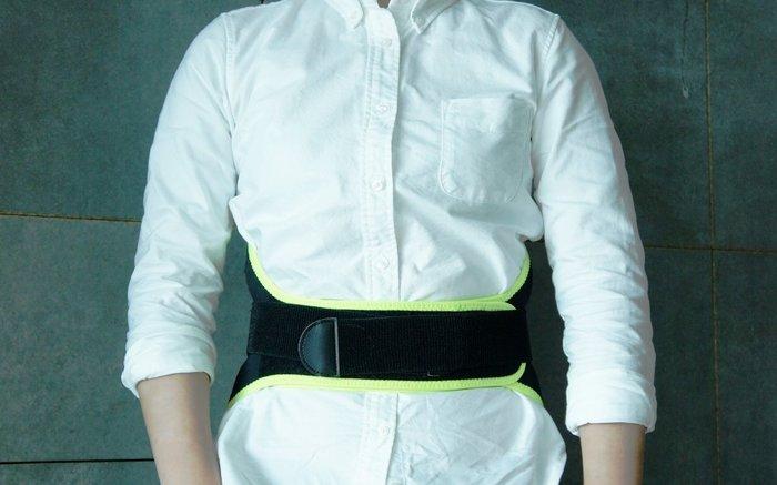 la essence 熱賣商品 LE-1702 多功能護腰.時尚設計.強身保健/磁石活血舒筋.腰間支撐佳.避免2度傷害~