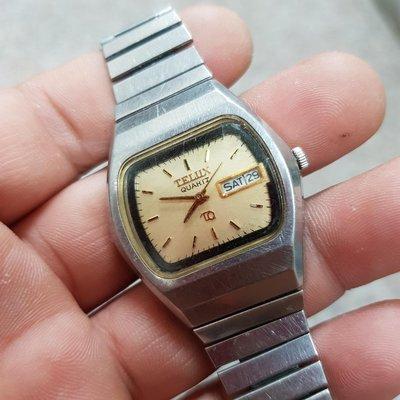 早期 TELUX <膠鏡> 石英錶 男錶 零件 料件 盤面漂亮 值得整理 另有 飛行錶 水鬼錶 軍錶 機械錶 三眼錶 陶瓷錶 G04