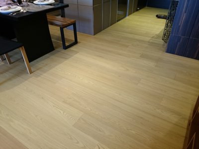 木地板  橡木浮雕