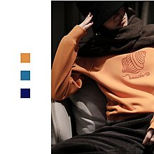 『 筱涵 日系美學衣飾 』原創手作系列 內搭色彩系內里加絨串珠海螺圓領套頭衛衣
