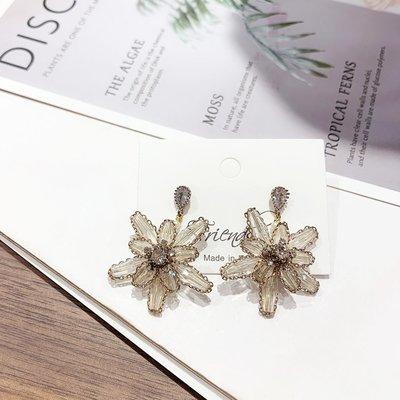 小琳飾品~新款韓國手工耳環雪花水晶花朵造型吊墜飾品女耳飾耳釘KE8802