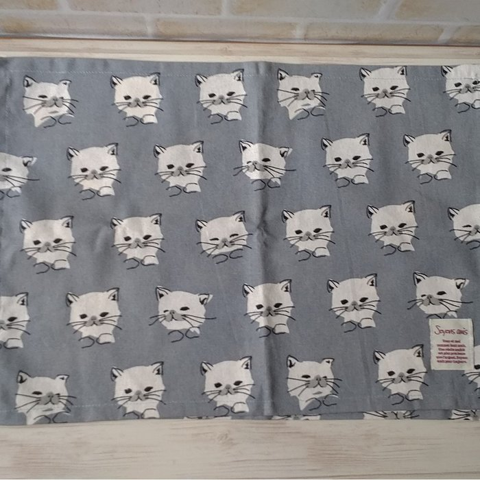 日本原裝進口100%純棉貓咪餐墊32x45cm隔熱墊貓奴必敗