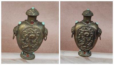 【 懷德-肖 】託 售--- 老 件 -銅 鋪 首 鑲 寶 石  鼻煙壺