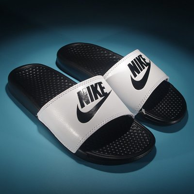 Nike Benassi JDI 耐吉 經典白黑字母拖鞋 NIKE拖鞋 男女情侶款 拖鞋 休閒鞋 運動拖鞋 水鞋 涼鞋