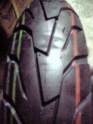 華豐輪胎DM-1092A 110 70 12 裝好1400元 免費灌氮氣