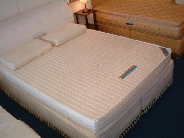 ※高雄~專業睡眠館※頂級馬來西亞進口天然全乳膠床墊20cm 厚度一體成型 雙人可訂製~雙ISO國際認證