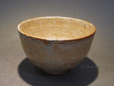 ☆清沁苑☆出 清 特 價 品日本茶道具~在銘 土灰釉 手作茶碗~d098