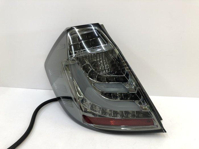炬霸科技 車燈 FIT 飛度 LED 導光 尾燈 後燈 跑馬 流光 方向燈 2.5代 08-13年 F 款式 燻黑