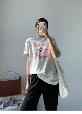 ♡ 右米衣飾 ♡【純棉印花T恤】大碼女裝 胖mm 棉花糖女孩 韓系網紅 ins潮 大碼T恤 輕鬆穿搭 復古印花純棉T恤