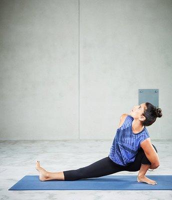 TuTu瑜珈精品╭☆Manduka【背心 ADORN CROP TOP-711173 (無胸墊)】瑜珈服/健身