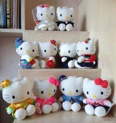 絕版品 1999麥當勞第一代Hello Kitty+Daniel 戀愛麥語 娃娃 玩偶 布偶 共5組 (10隻)