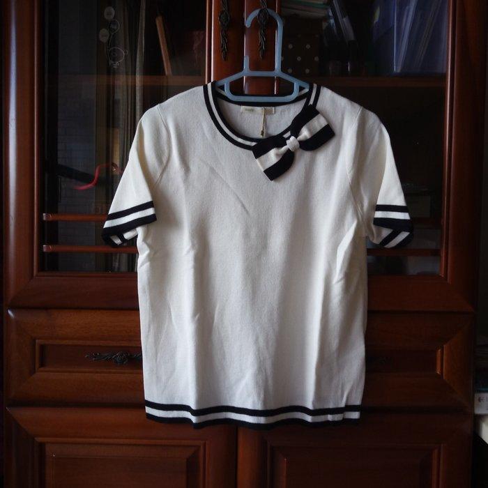 全新吊牌未拆 NUEE 黑白蝴蝶結滾黑條邊短袖針織衫 原價2790元